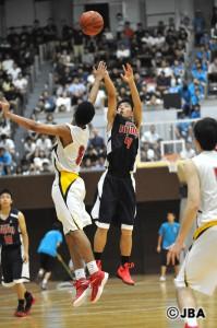 福岡大学附属大濠のキャプテン#4牧 隼利選手は、冬への巻き返しを誓った