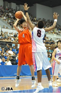 ヒザの痛みを抱えて、思い切りのよいプレイが出せなかった#4中田 珠未選手。